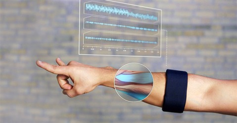 MYO-Wearable-Gesture-Control-Armband-1