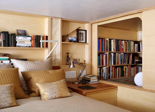 Tiny-Nyc-Apartment-by-Tim-Seggerman-1