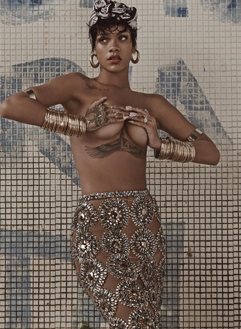 Rihanna_Vogue_Brasil_Mariano-Vivanco_05